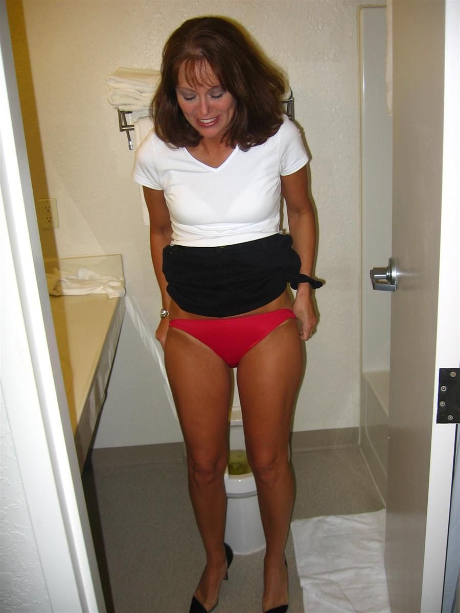 Mature Milf Mom In Hotel Room Vids