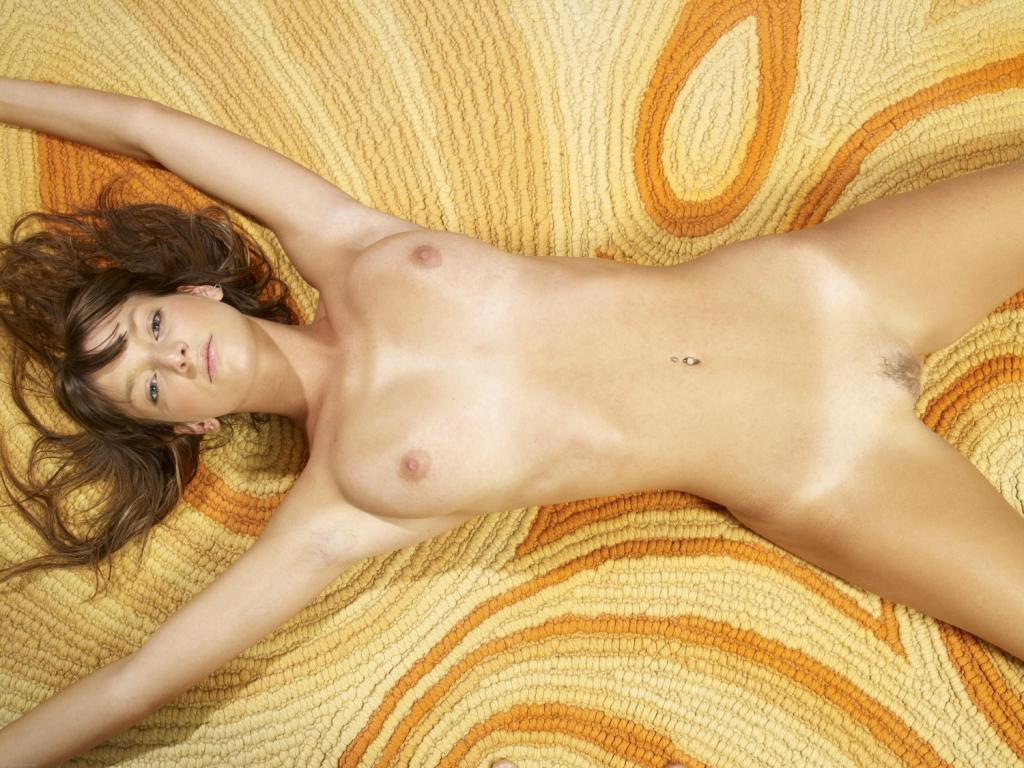 hot gypsy girl naked